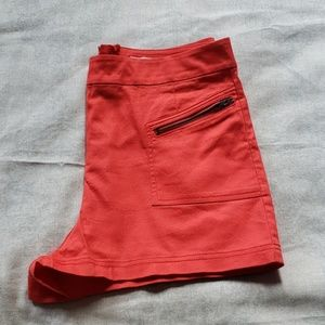 silence + noise Shorts - The Perfect Coral Shorts